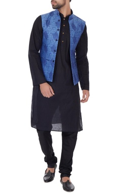 Narendra Kumar - Men Blue linen self print bundi