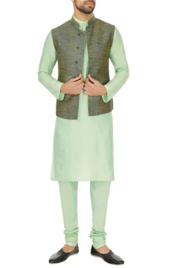 Narendra Kumar - Men Light green linen solid kurta with churidar & two toned bundi