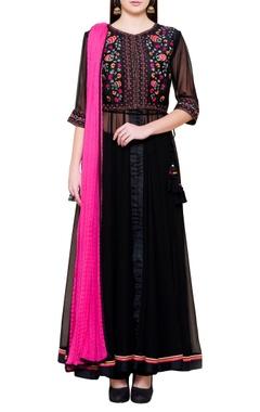 black & pink floral embroidered kurta set