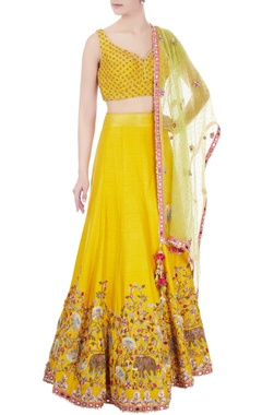 Yellow raw silk & organza dori work lehenga with blouse & dupatta