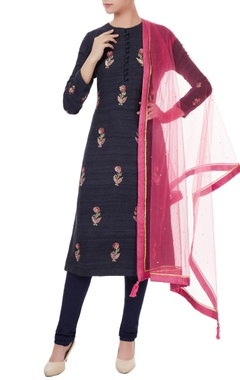 Black raw silk zardozi embroidered kurta set