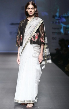 grey mahershwari silk sari with black striped blouse with cream peticoat