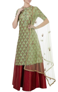Rajat k Tangri Green & red chanderi, tafetta & net hand crafted nakshi, white pearl & mirror work kurta with palazzos & dupatta