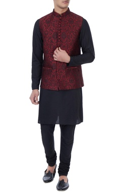 Manish Nagdeo - Men Black & maroon silk brocade bundi with kurta & churidar