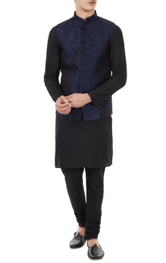 Manish Nagdeo - Men Black & navy blue silk brocade bundi with kurta & churidar