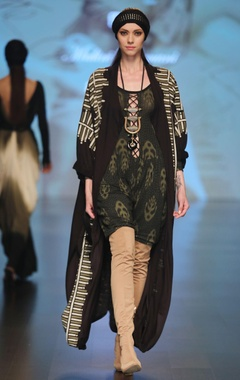 Malini Ramani Black & olive printed front open jersey cape