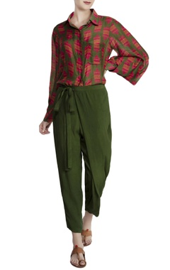 Olive green malwari linen & crinkled chiffon printed shirt with tie-up pants