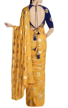 Yellow heritage fish printed saree with blouse piece