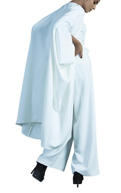Ivory heavy lycra crepe jacket with knotted pants
