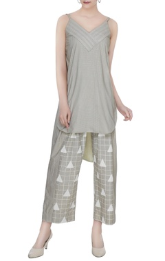 Olive grey organic poplin box pleated baggy ankle pants