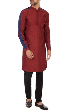 Kunal Rawal Maroon baby cord kurta with triple striped pattern