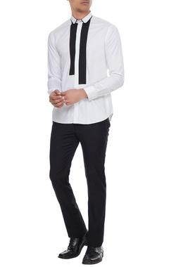 Manish Malhotra - Men White dress shirt with black patchwork detail