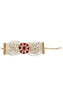 Shilpa Purii White & red alloy flat bracelet with cheedmoti