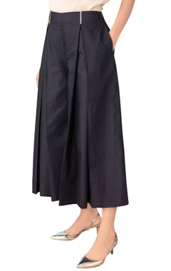 Navy blue cotton pleated culottes
