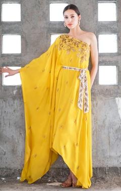 Prathyusha Garimella Mustard & white satin cotton sequin & zari work one-shoulder dress