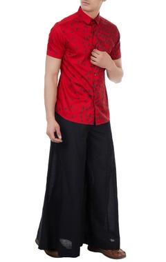 Vivek Karunakaran Red poplin boat print shirt