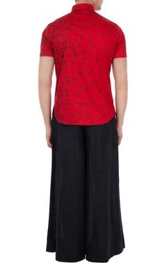 Red poplin boat print shirt