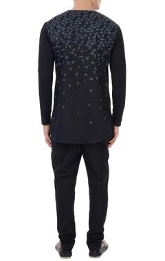 Black poplin boat print t-shirt