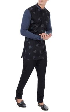 Black poplin tulip print shirt