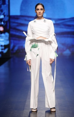 White cotton draped crop top with planter pants