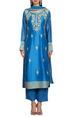 Blue chanderi & cotton gota and thread embroidered kurta with pants & dupatta