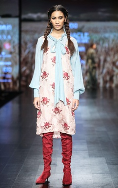 Apple blossom printed tunic with blue collar shirt