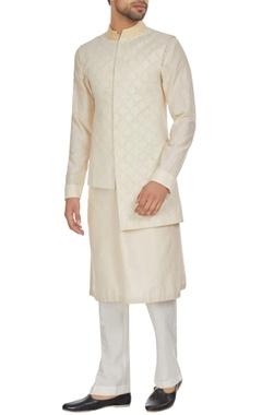 Kunal Anil Tanna - Men Ivory chanderi textured high-low bandhi jacket