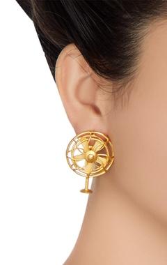 Floral shape statement earrings