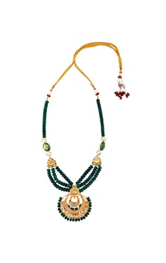 Kundan tiered necklace with chandbali earrings
