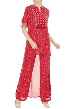 Anushka Khanna Geometric printed high-low kurta