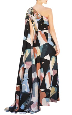 Multicolored one-shoulder gown in multicolored abstract pattern