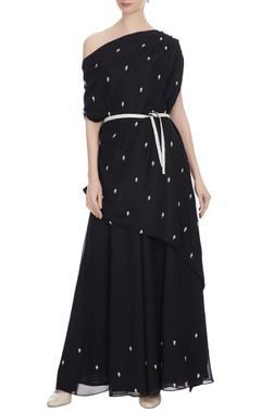 Black one-shoulder kaftan with sharara pants