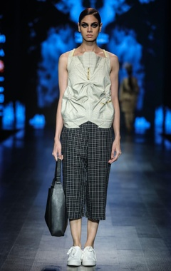 Grey poly cotton chequered blouse with black egyptian cotton chequered crop pants