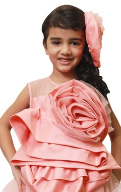 Drape flower with hi-low hemline dress