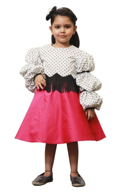 Lil Angels Polka retro ballon sleeves top with pink skirt.