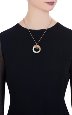 Halo necklace with lobster clasp