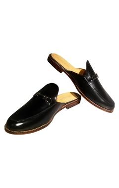Black pure leather slip-on mules