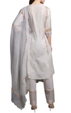 Ivory floral embroidered cotton silk kurta with block printed cotton pants & kota dupatta