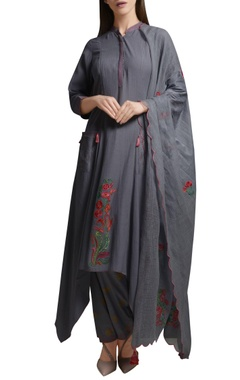 Mandira Wirk Ash grey floral embroidered cotton georgette asymmetric kurta set