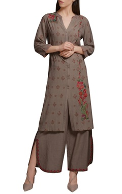 Mandira Wirk Stone grey cotton georgette floral embroidered & block printed kurta set