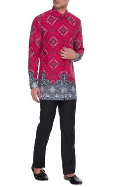 Mr. Ajay Kumar - Men Magenta & grey agni printed kurta shirt
