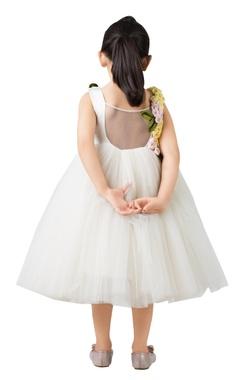 White tulle net flared dress.