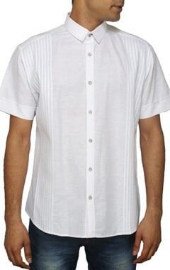 White short sleeved pleated shirt