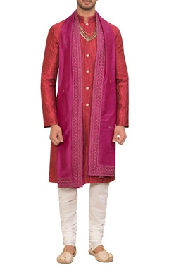 Siddhartha Tytler - Men Textured kurta set with dupatta