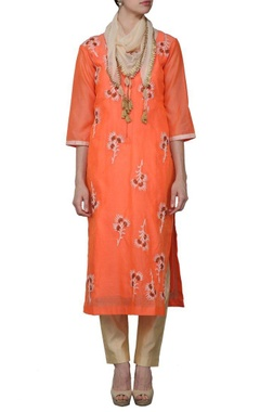 orange embroidered kurta set with stole
