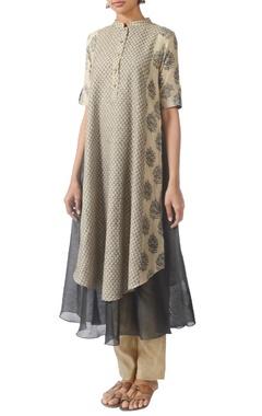 Beige & grey motif printed layered kurta