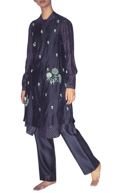Myoho Hand embroidered double layered tunic with inner shirt