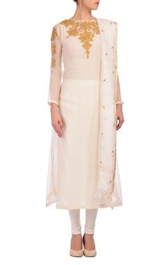 Nidhi Tholia white & yellow embroidered kurta set