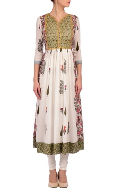 Nidhi Tholia white & green floral & foliage printed tunic with churidar