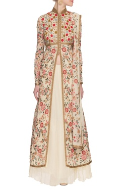 Ivory embroidered & embellished kurta set